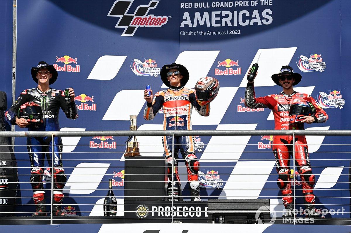 Podio: 1º Marc Márquez, 2º Fabio Quartararo, 3º Francesco Bagnaia