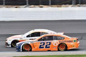 Bubba Wallace, 23XI Racing, Toyota Camry McDonald's, Joey Logano, Team Penske, Ford Mustang Autotrader