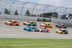 Ryan Newman, Roush Fenway Racing, Ford Mustang ITsavvy, Erik Jones, Richard Petty Motorsports, Chevrolet Camaro Medallion Bank