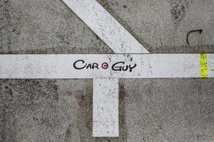 Logo: Car Guy