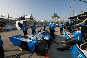 Scott McLaughlin, Team Penske Chevrolet, et des membres de son équipe