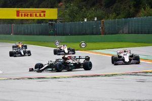 Valtteri Bottas, Mercedes W12, Mick Schumacher, Haas VF-21, Nikita Mazepin, Haas VF-21, Sebastian Vettel, Aston Martin AMR21