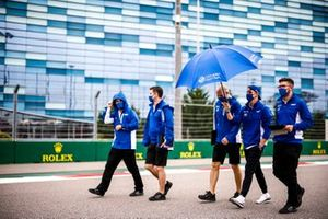 Mick Schumacher, Haas F1, camina la pista
