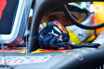 The gloves of Max Verstappen, Red Bull Racing
