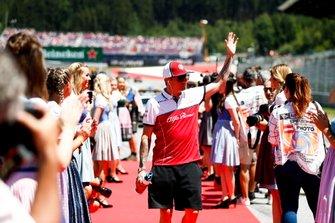 Kimi Raikkonen, Alfa Romeo Racing, en el desfile de pilotos