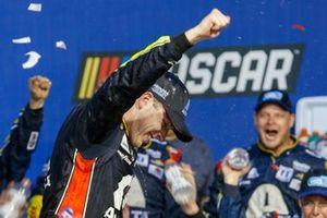 Race Winner Alex Bowman, Hendrick Motorsports, Chevrolet Camaro Axalta