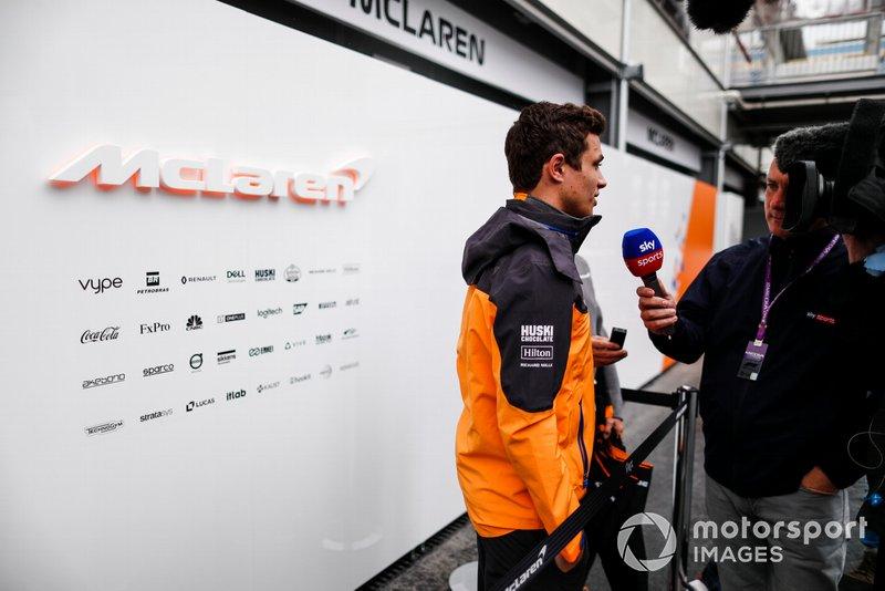 Lando Norris, McLaren parla con i media