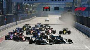 Start: Lewis Hamilton, Valtteri Bottas, Mercedes AMG F1 lead