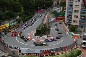 Pierre Gasly, Red Bull Racing RB15, Carlos Sainz Jr., McLaren MCL34, Daniil Kvyat, Toro Rosso STR14, Alexander Albon, Toro Rosso STR14, Nico Hulkenberg, Renault R.S. 19, Romain Grosjean, Haas F1 Team VF-19, Lando Norris, McLaren MCL34, y Charles Leclerc, Ferrari SF90