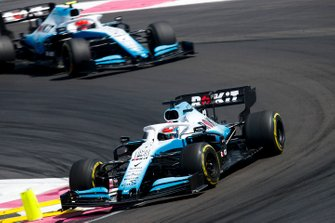 George Russell, Williams Racing FW42, leads Robert Kubica, Williams FW42