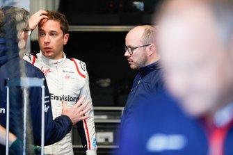 Robin Frijns, Envision Virgin Racing, in the garage