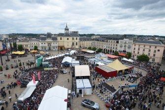 24 Hours of Le Mans scrutineering atmosphere