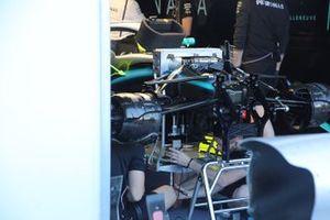 Mercedes AMG F1 W10 detalle frontal