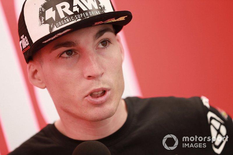"""Aleix Espargaro: Andrea Dovizioso. """"En general, Dovizioso siempre es muy, muy rápido en lluvia. A veces Jack Miller también es muy fuerte pero, en general, Andrea es el mejor en lluvia""""."""