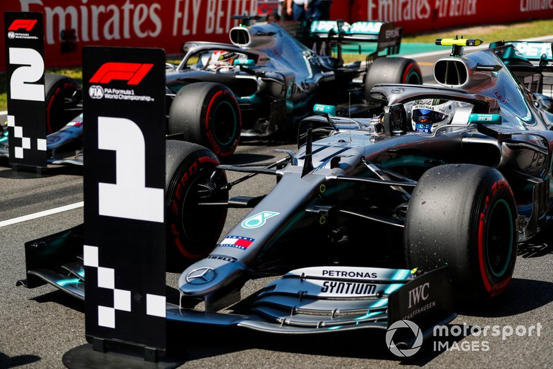 Pole Sitter Valtteri Bottas, Mercedes AMG W10 and Lewis Hamilton, Mercedes AMG F1 W10 in Parc Ferme