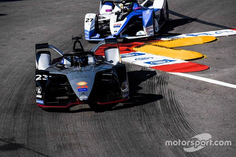 Sébastien Buemi, Nissan e.Dams, Nissan IMO1, Alexander Sims, BMW I Andretti Motorsports, BMW iFE.18