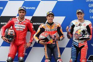 Le poleman Marc Marquez, Repsol Honda Team, le deuxième, Danilo Petrucci, Ducati Team, le troisième, Jack Miller, Pramac Racing