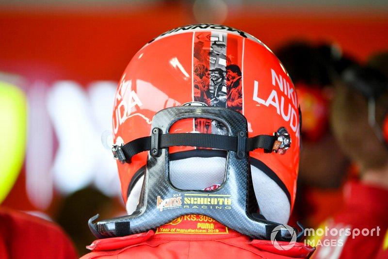 El casco de Vettel en Mónaco 2019, homenaje a Niki Lauda