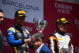 Podium: second place Luca Ghiotto, Uni Virtuosi Racing
