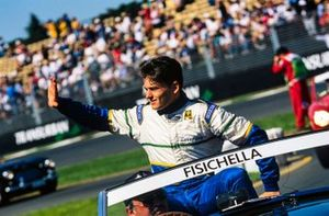 Giancarlo Fisichella, Minardi Team waves to the crowd