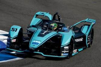 Sacha Fenestraz, Rookie Test Driver for Panasonic Jaguar Racing, Jaguar I-Type 4