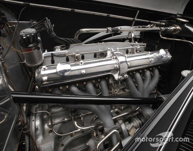 1939 Alfa Romeo 2900 8C Lungo Spider Engine