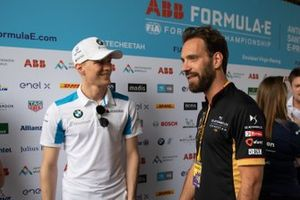 Maximilian Günther, BMW I Andretti Motorsports talks to Jean-Eric Vergne, DS Techeetah