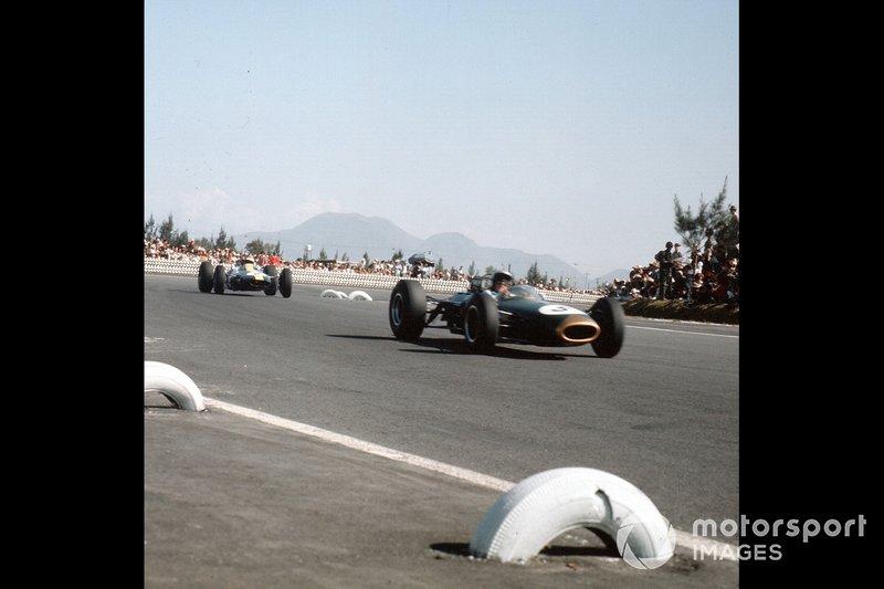 Jack Brabham, Brabham, Mike Spencer, Lotus, al GP del Messico del 1964