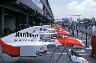 Bodywork: McLaren MP4/5B