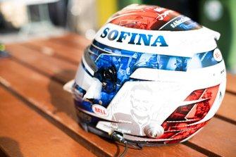 Il casco di Nicholas Latifi, Dams