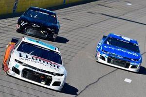 Alex Bowman, Hendrick Motorsports, Chevrolet Camaro LLUMAR, Kyle Larson, Chip Ganassi Racing, Chevrolet Camaro Credit One Bank
