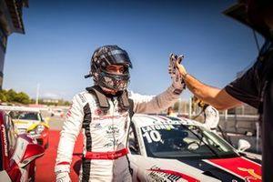Yarış galibi Ayhancan Güven, Porsche 911 GT3, Pierre Martinet by Almeras