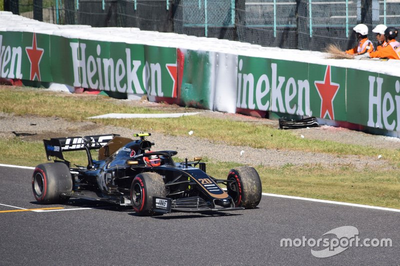 Coche de Kevin Magnussen, Haas F1 Team VF-19 accidentado
