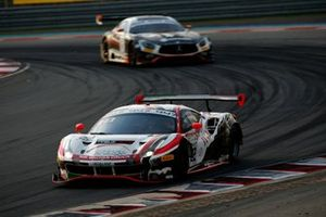 #22 Rinaldi Racing Ferrari 488 GT3: Leonard Weiss, Jochen Krumbach, David Perel