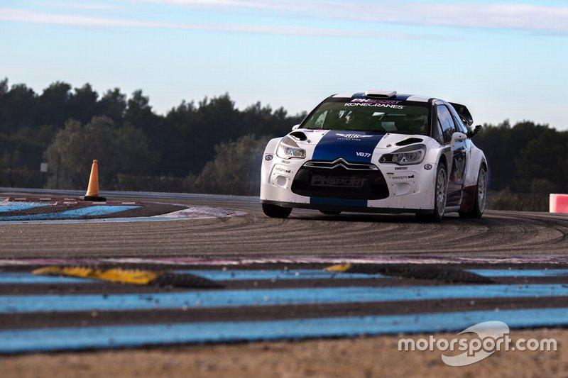 Valtteri Bottas au volant d'une Citroën DS3 WRC