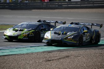 #222 Huracan Super Trofeo Evo, Automobili Lamborghini: Emanuele Pirro, Tony Cairoli, #266 Huracan Super Trofeo Evo, VS Racing: Au Pak Cheung Alexander, Yuki Nemoto