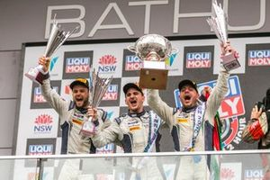 Podio: ganadores #7 Bentley Team M-Sport Bentley Continental GT: Jules Gounon, Maxime Soulet, Jordan Pepper