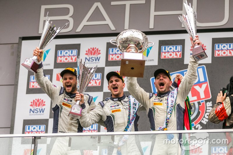 Podium: Winner #7 Bentley Team M-Sport Bentley Continental GT3: Jules Gounon, Maxime Soulet, Jordan Pepper