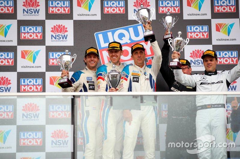 Podium: GT4 winner #13 RHC Jorgensen / Strom BMW M4 GT4: Daren E. Jorgensen, Brett Strom, Danny van Dongen