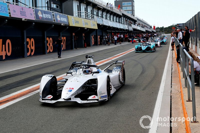 Edoardo Mortara, Venturi, EQ Silver Arrow 01 sort des stands