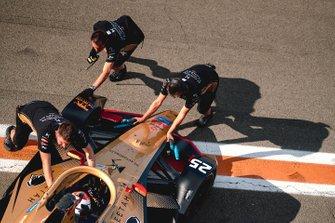 Mechanics push Jean-Eric Vergne, DS TECHEETAH, DS E-Tense FE20