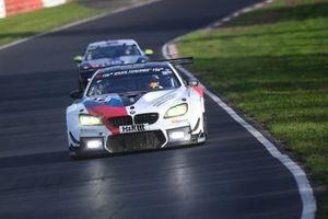 #42 BMW Team Schnitzer BMW M6 GT3: Philipp Eng