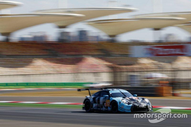 #77 Dempsey-Proton Racing Porsche 911 RSR: Matt Campbell, Christian Ried, Riccardo Pera