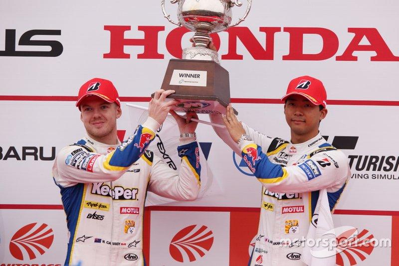 Podium: race winners #37 Team Tom's Lexus LC500: Ryo Hirakawa, Nick Cassidy