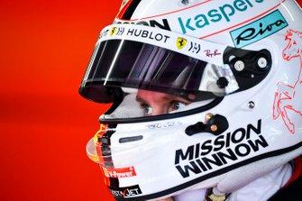 Sebastian Vettel, Ferrari in the garage