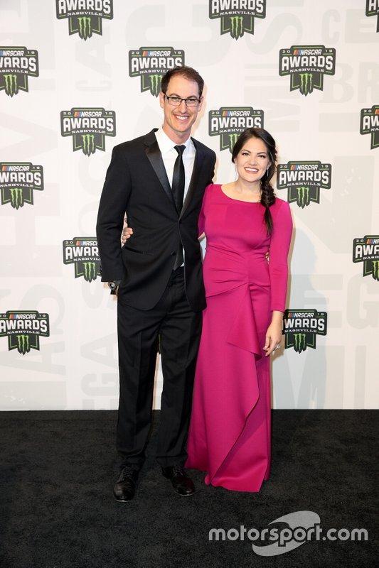 Joey Logano y su esposa Brittany