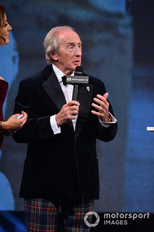 Sir Jackie Stewart, sul palco dopo la presentazione del Gregor Grant Award a HSH Principe Albert II di Monaco