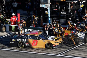 #8: Tyler Reddick, Richard Childress Racing, Chevrolet Caterpillar, pit stop