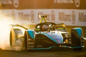 Nelson Piquet Jr., Jaguar Racing, Jaguar I-Type 3, locks up