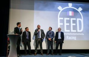 Serge Saulnier, Director de Circuit Magny-Cours, Bertrand Decoster, CEO de Mygale, Patrick Lemarie, co-fundador de Feed racing, Jacques Villeneuve, co-fundador de Feed racing